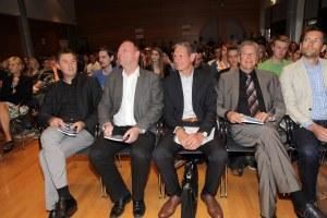 """Veranstaltungsreihe """"ICH BIN ONLINE!"""" - Jugendkonferenz über die Arbeitswelten von morgen"""